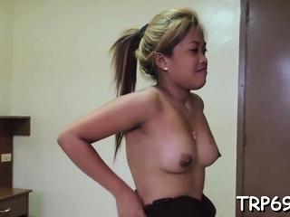 Amazing bitch deepthroats a shaggy 10-pounder