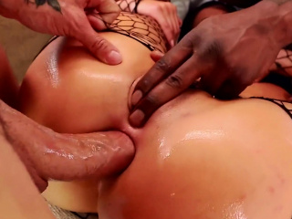 London Keyes & Mena on touching sloppy DP