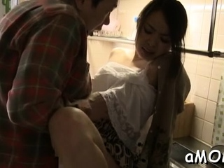 Lever for a stupendous Mina Kanamori's wet pussy